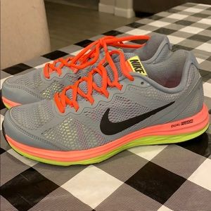 Nike Dual Fusion Running shoes